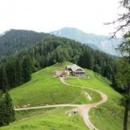 Vabilo na izlet MO: Roblekov dom in planina Preval pod Begunjščico, 26.4.2014