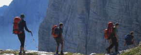 V gojzarjih med Bačo in Krajcarico – planinsko prečenje za mlade